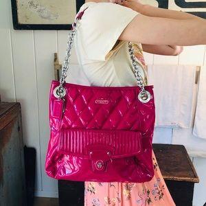 ♥️ Coach ♥️ Pink Patent Leather Shoulder Bag